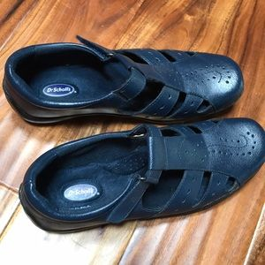 Dr. Schooll's Women's Shoes. New never been used!